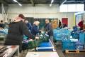langhoudbare-spullen-in-kratjes-bij-voedselbank